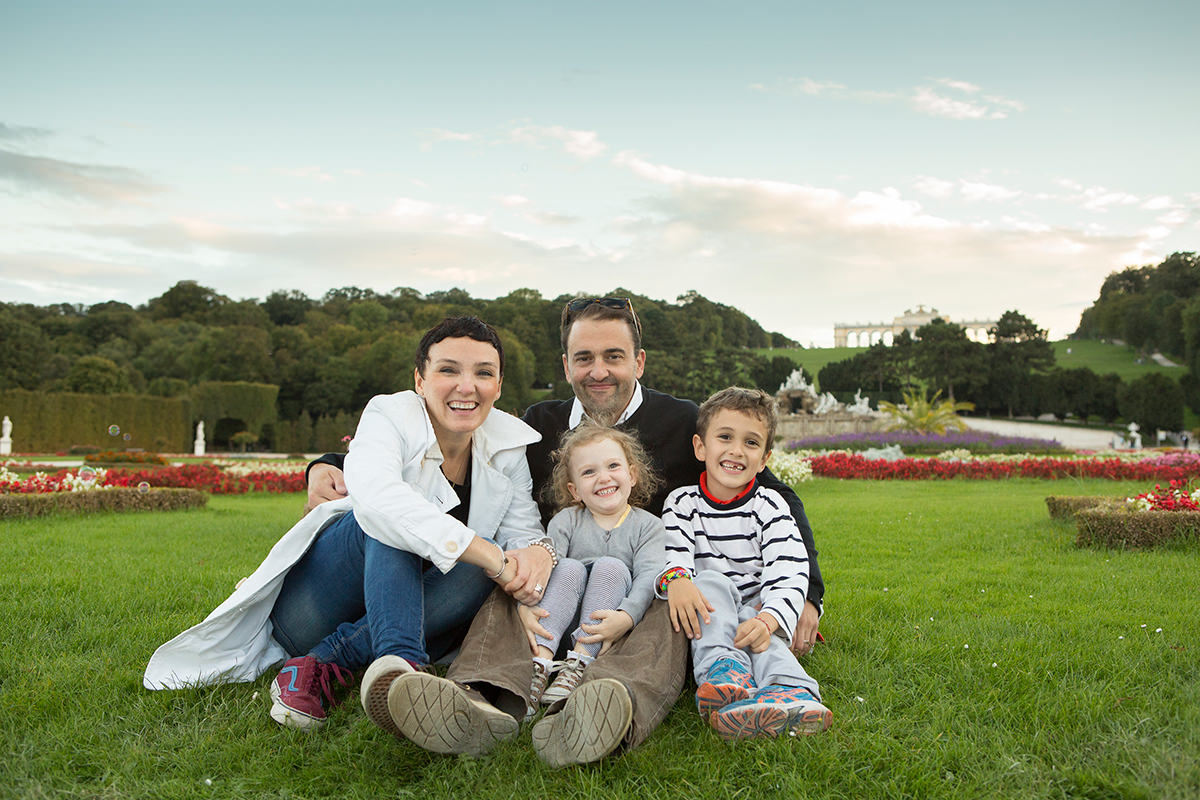 Mamen&Iñaki&Co_family portrait photography