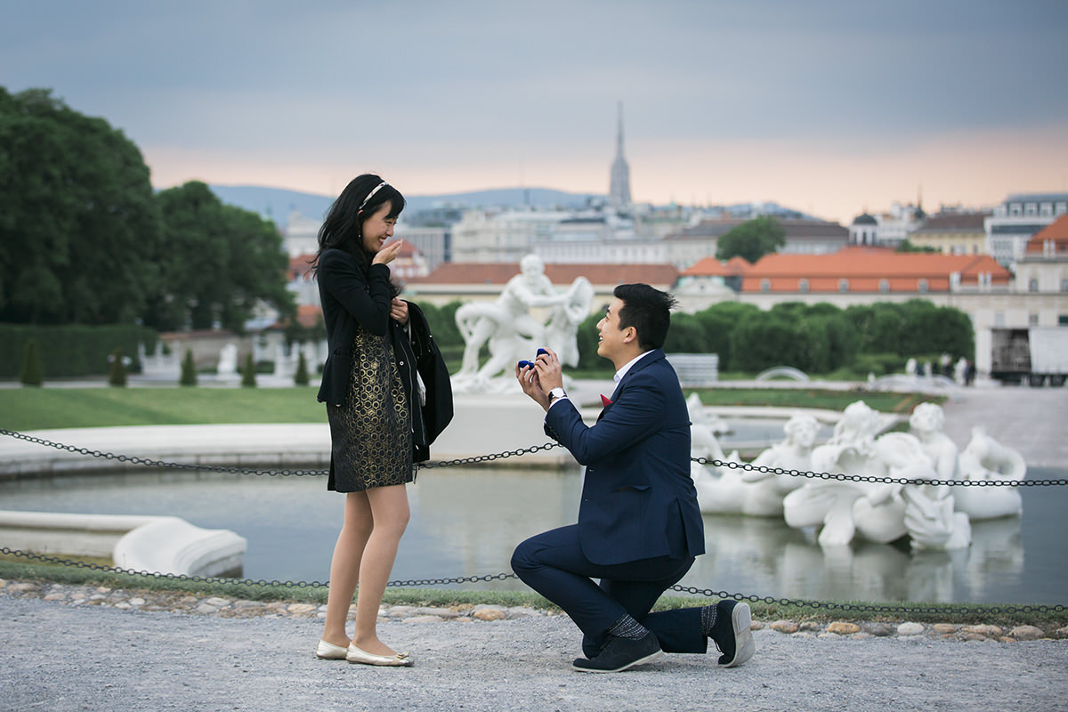 proposal-engagement-session-viena-Fiona-Theo05