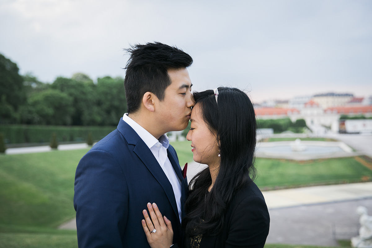 proposal-engagement-session-viena-Fiona-Theo11